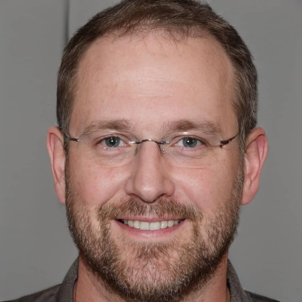 Laurent - Rédacteur en Chef