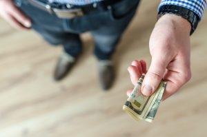 Prêt entre particulier : Comment prêter ou recevoir de l'argent en France ?