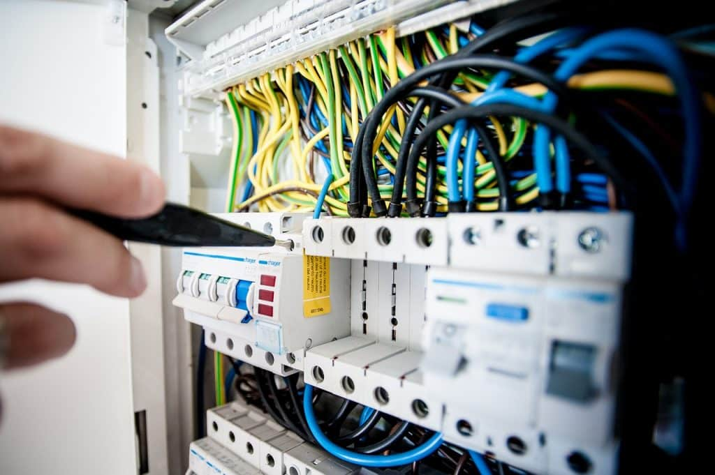 Panneau électrique disjoncteur, réarmer